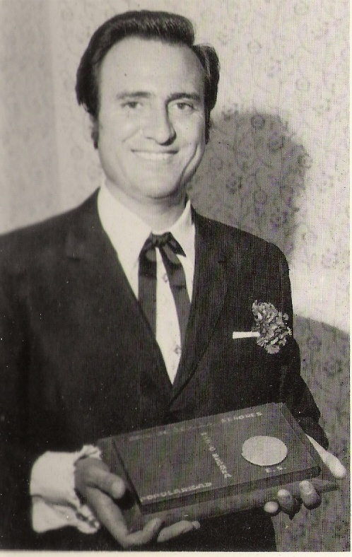 Megapost Manolo Escobar